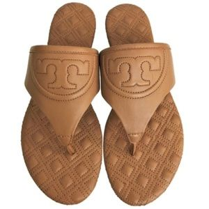 New Authentic Tory Burch Flat Sandals